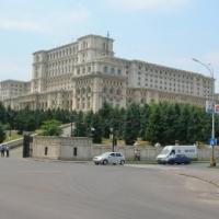 【世界一周の旅 Vol.34】独裁者が造った巨大建築物、ルーマニアの国会宮殿