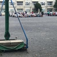 小学校の「緊急受け入れ」に関するインタビュー