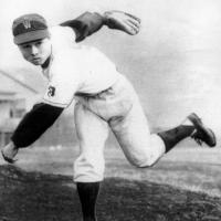 高校野球100周年、夏の甲子園始球式は世界の王貞治さんに決定!