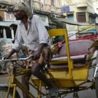 【プチニュース】バングラディシュの電動リキシャ