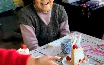 おばあちゃんがやって来た!