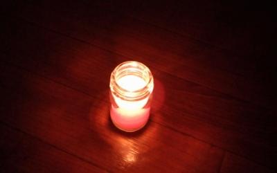 キャンドルに灯をともしました