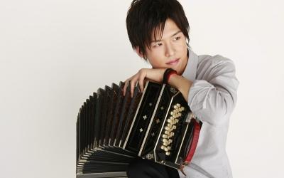 【シリーズ・この人に聞く!第99回】日本を代表する若きバンドネオン奏者 三浦一馬さん