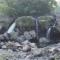 【地元探訪】びっくり!市街地に滝が・・・ ~鮎壺の滝~