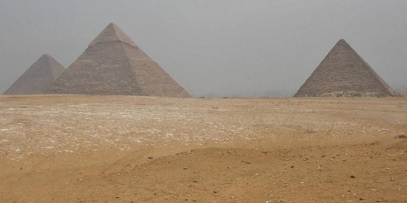 【カイロ】三大ピラミッドは市街地のすぐそば
