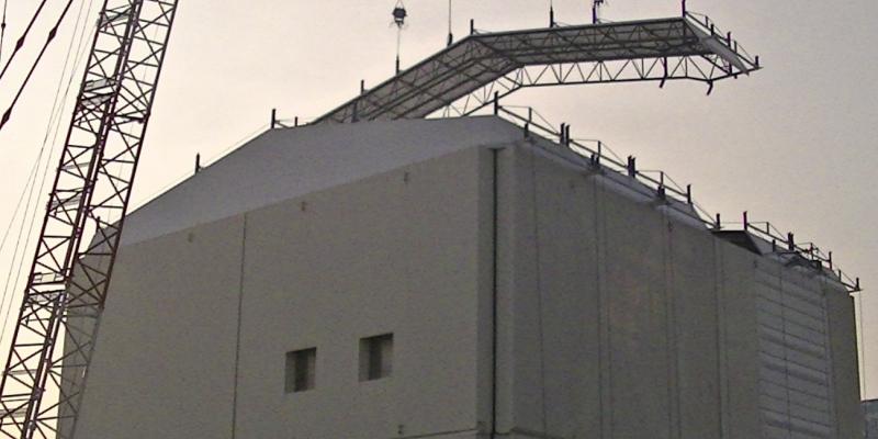 1号機建屋カバー解体工事、来年3月まで作業延期
