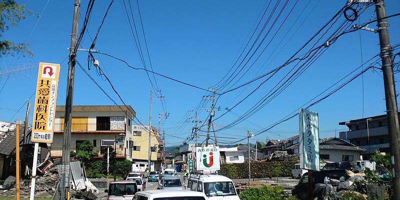 【熊本地震】益城町では損壊した住宅に今も多くの方が暮らしています