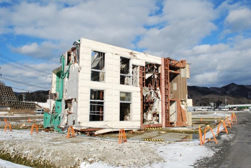 震災から2年を迎えようとしていた頃の江島共済会館(2013年1月)
