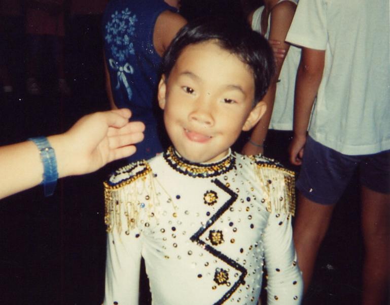 大会出場時のコスチュームもサマになる小学1年生頃。