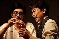 『開発予算を特許収入で捻出。ベンチャー企業の先駆け。』(C)2011「TAKAMINE」製作委員会