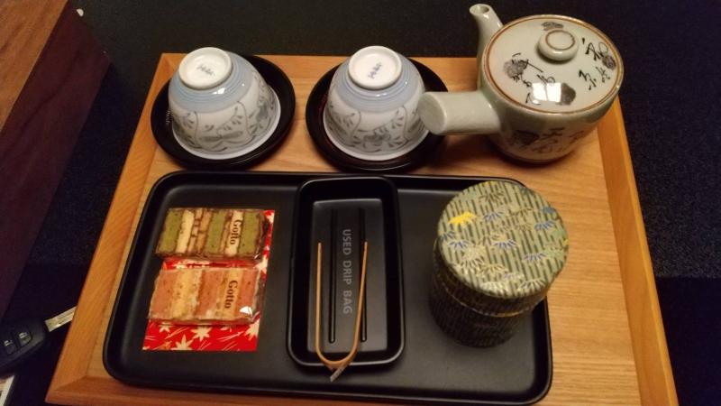 部屋のお茶菓子は有名なGotto(ゴット)。美味しすぎて買って帰りたかったのですが、翌日は朝から岩手へ移動するので断念…。