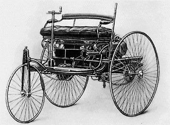 1885年型ベンツ「パテント・モトールヴァーゲン」(Wikimedia Commons)