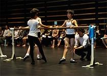 『今夏1週間、神奈川芸術劇場(KAAT)で開催されたワークショップにて。』 photo 喜多剛士