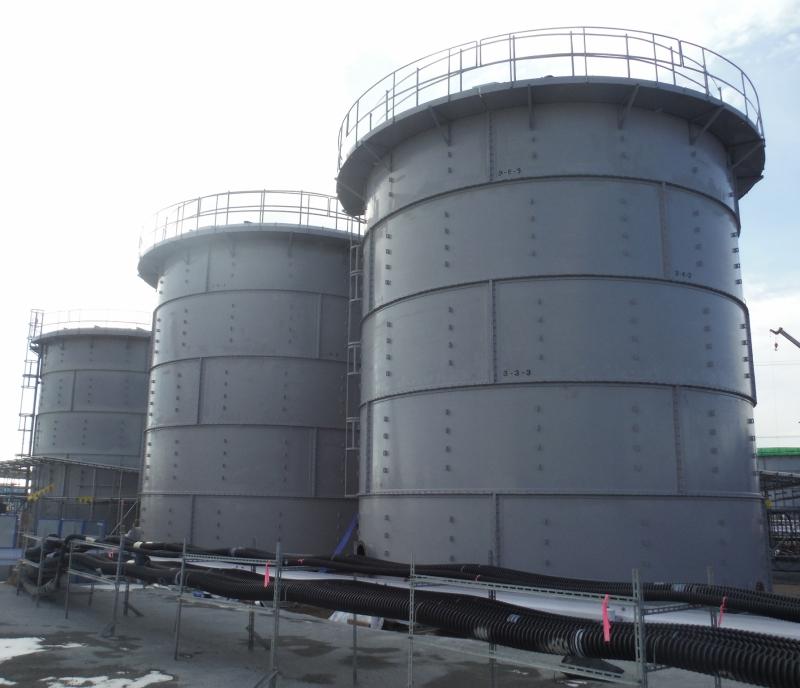 雨水受けタンクNO2(1)