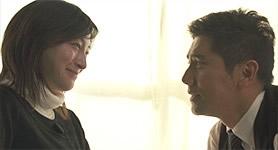 何気ない言葉のやり取りから、日常の大切さを感じ取れる。主演の本木雅弘さんも熱演。 (C)2008映画「おくりびと」製作委員会