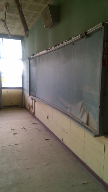 1階の教室や保健室にはたくさんの瓦礫が流れ込みました