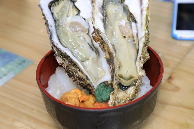 おまけ:前日に力をくれた塩釜の牡蠣丼(オリジナル)