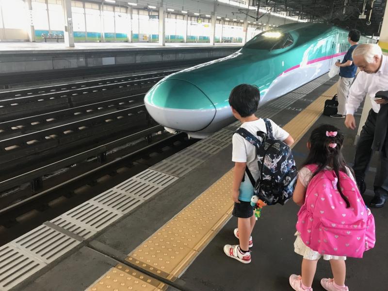 一ノ関駅から新幹線で帰ります。子供達も一回り成長したに違いありません。