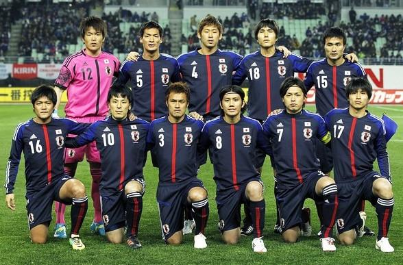ユニフォーム 代表 サッカー 歴代 日本 日本代表ユニフォーム|W杯で着用した歴代のモデルを振り返る