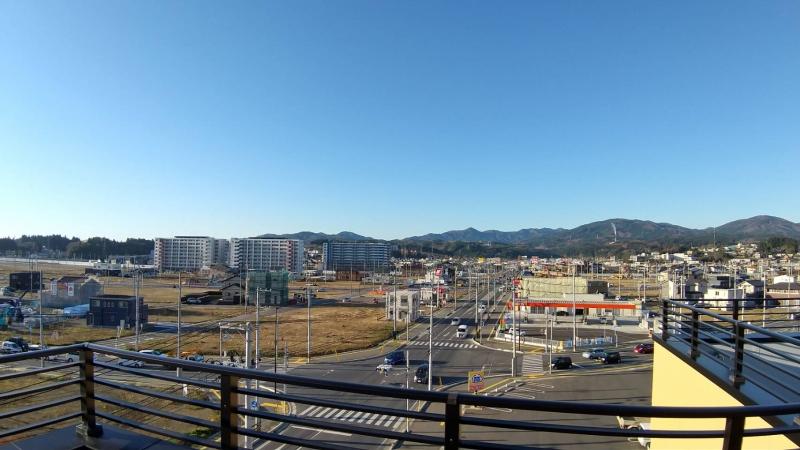 宿の屋上からの景色。復興状況を確認できます。