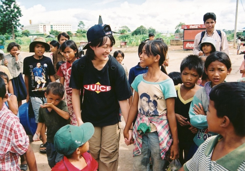 高2でカンボジアへ留学。現在の仕事の原点だ。(提供:NPO法人 国境なき子どもたち)