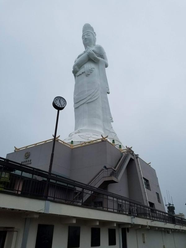 受付付近から撮影した釜石大観音