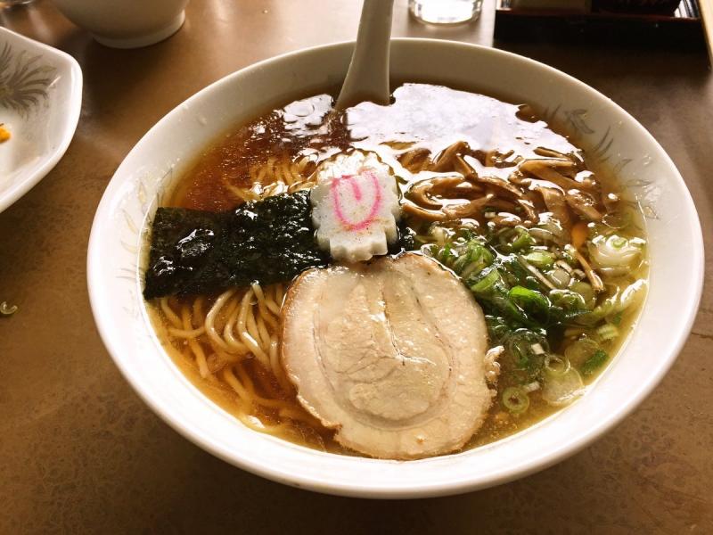 三島の「東京食堂」さんのラーメン