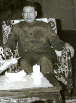 ポル・ポト。クメール・ルージュ(カンボジア共産党)書記長。ルーマニアの独裁者チャウシェスクと会見した際の写真