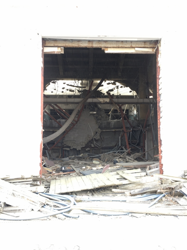 建物の中は震災当時のまま