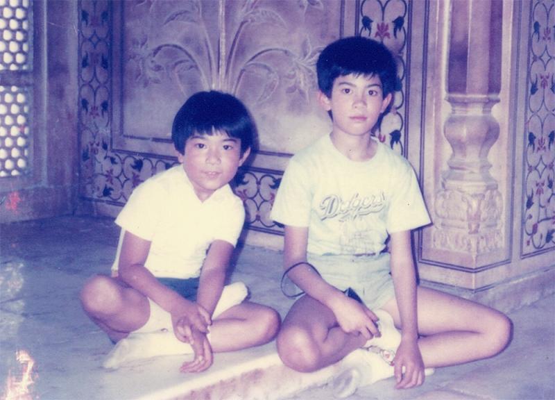 4歳違いの兄と同じ私立小学校へ通った。