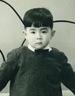 虚弱体質だった幼児期、スポーツは苦手だった。