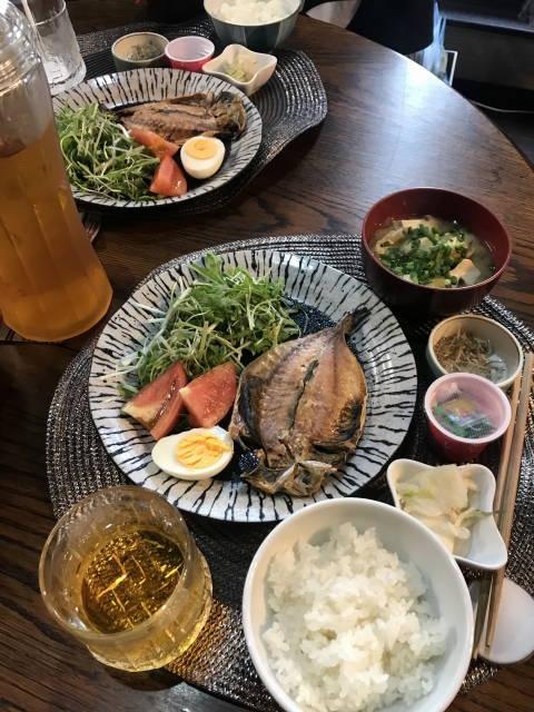 魚さかなさかな、魚を食べると・・・体の中からキレイに!健康に!