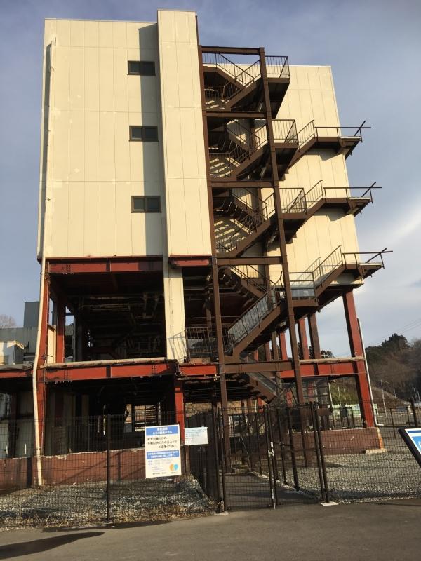 4階まで波が来て、2階までは柱を残して壁は完全に流失