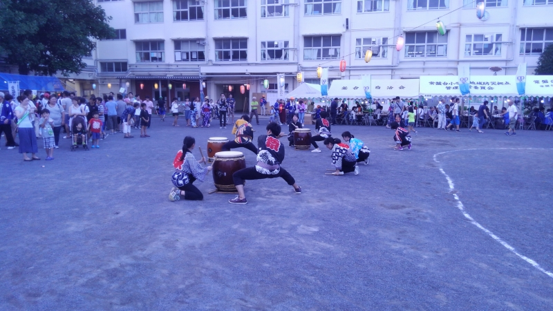 太鼓の演奏も大きな盛り上がりを見せました。