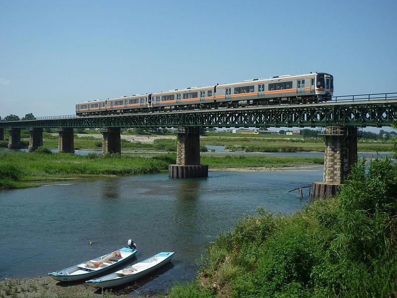 まず、伊勢市から名古屋まで