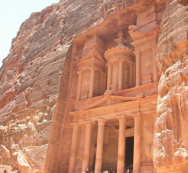 ペトラ遺跡の「エル・ハズネ」