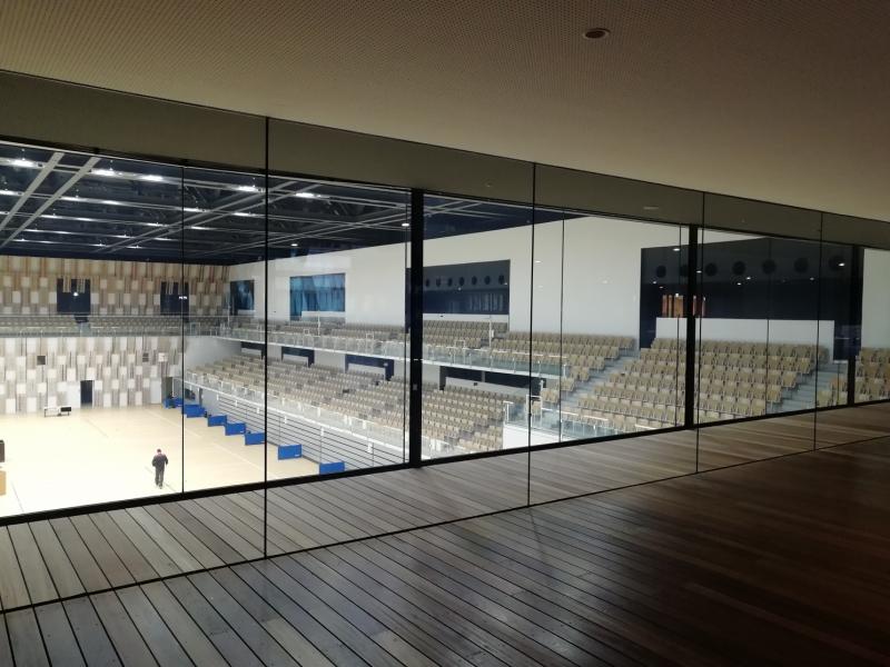 アリーナはバスケットボール等プロスポーツの会場として使われています