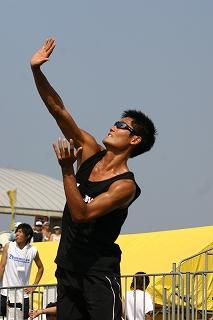 「オリンピックに出たい」という夢があってビーチバレーに転向した。
