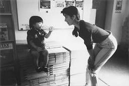 保育園に娘を預けたことも忘れてしまう多忙な日々だったが、子どもの前では母の顔に