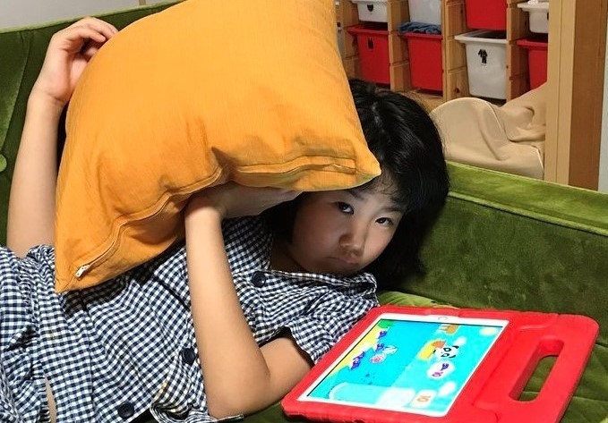 12日20時ごろの娘。台風をよけようとしているのでしょうか(^_^;)