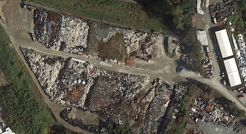 福島第一原発構内の固体廃棄物保管状況(3点ともGoogle Mapより)