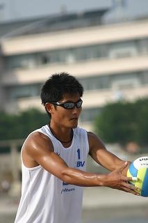 ビーチバレーは、その日の天候や風向きにも左右されるスポーツだ