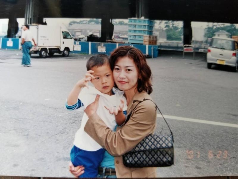 野球が日常にあった息子の佳明さんは大学野球でも活躍。