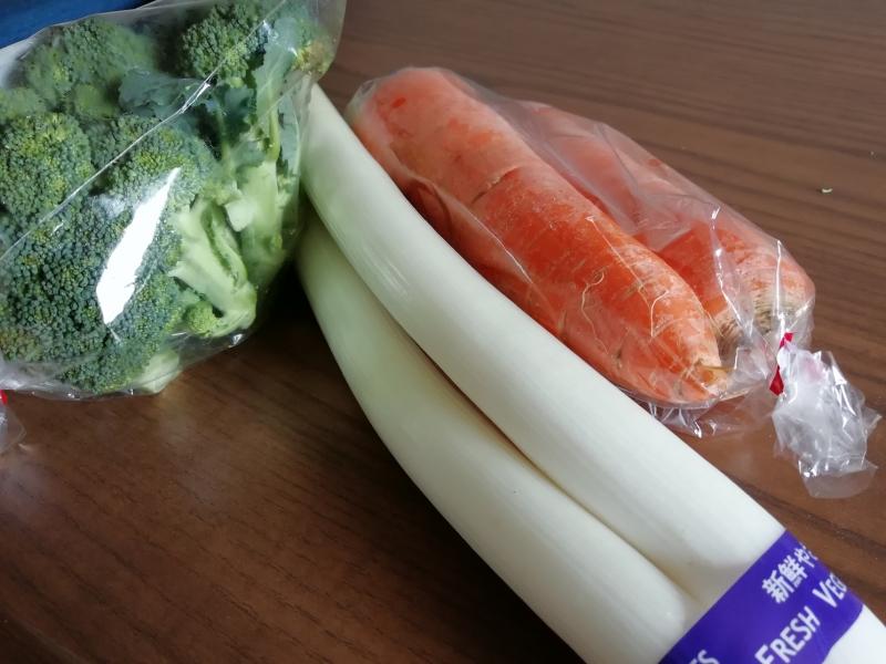 購入した野菜たち。今回(昨年末)の買い物も満足です!