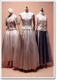 『モードとしての編み物展』10月3日(火)~10月8日(日)日本橋三越新館7階ギャラリーにて。広瀬先生の編まれた数々の名作をご覧いただけます。