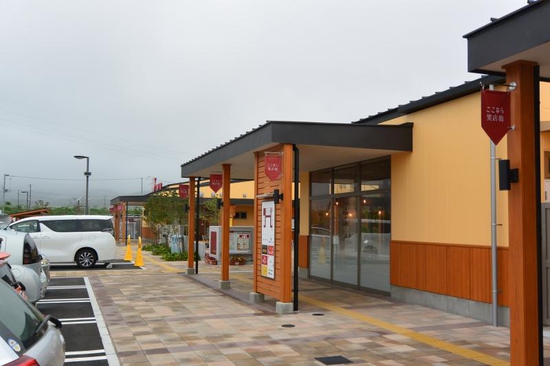 複数の店舗が隣接している「ここなら商店街」は今年6月にオープンしました