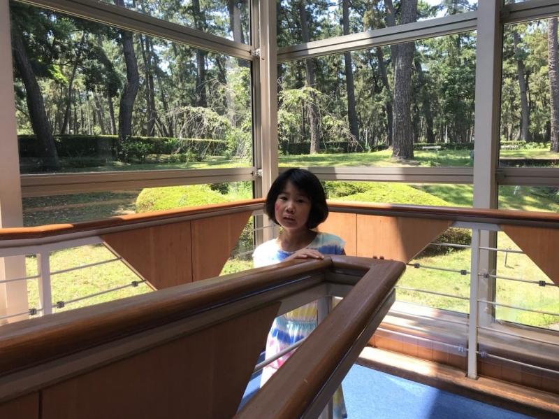 ガラス越しに見える千本松原がとてもキレイです。