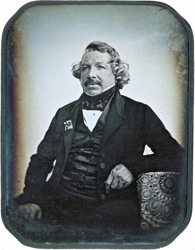ダゲール自らの肖像写真