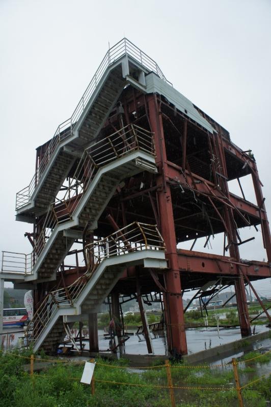 南三陸防災対策庁舎。2013年7月撮影。