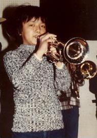 11歳頃。小学校5年生からトランペットを吹き、学校に器楽部を作り活躍した。